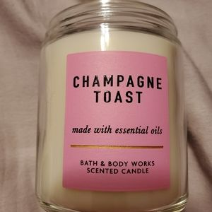 Bath and body works new champagne toast candle